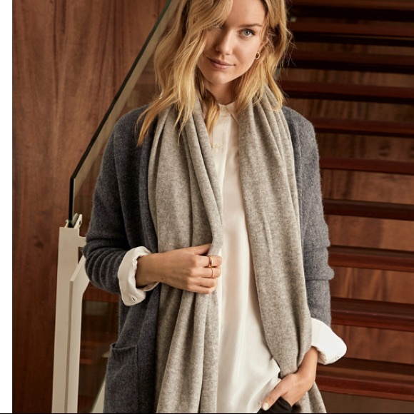 100% pure cashmere 2 metres long scarf